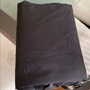 Twin Size Bed Skirt Black Like New